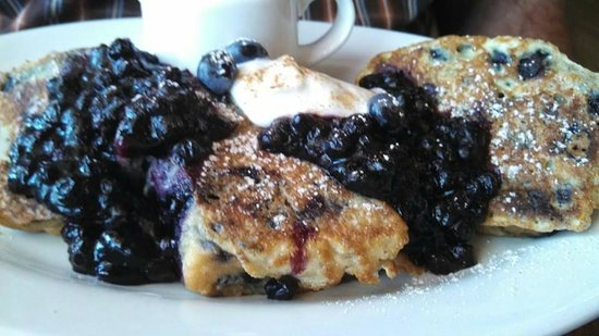Pickle Jar Kitchen : blueberry muffin french toast