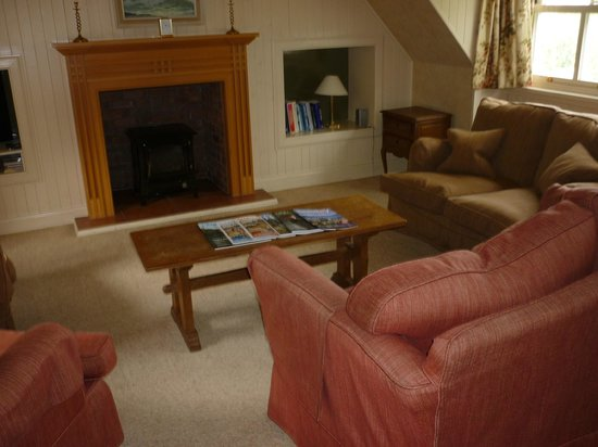 Isle of Eriska Hotel, Spa & Island: salon cottage