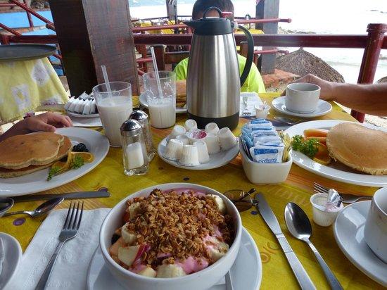 Lindo Mar Resort: Yummy breakfast