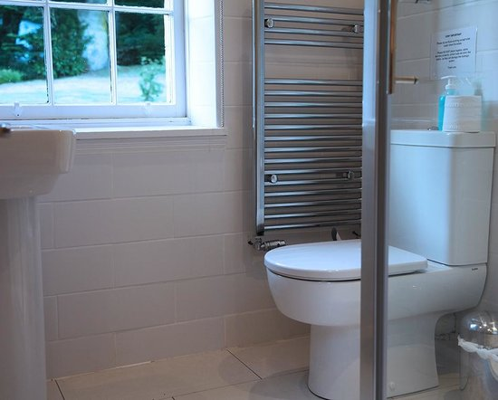 Altskeith Country House : Bathroom 1