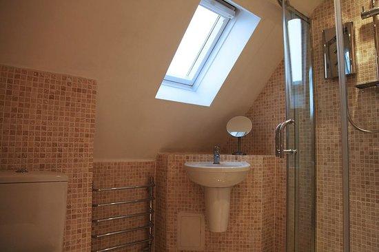 Altskeith Country House : Bathroom 7