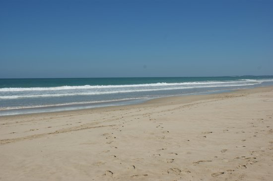 Moya Manzi Beach House: Strand