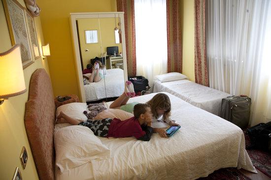 Casa Villa Gardenia: Pink room as a triple