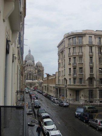 Best Western Hotel Du Mucem : Cathedrale de la Major- View from our balcony