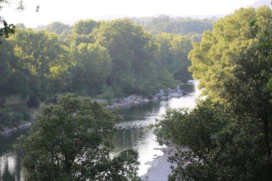 Hotel La Bastide d'Iris : Ardèche river