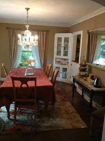 Munro Manor Lodging & Event Center: Dining Room