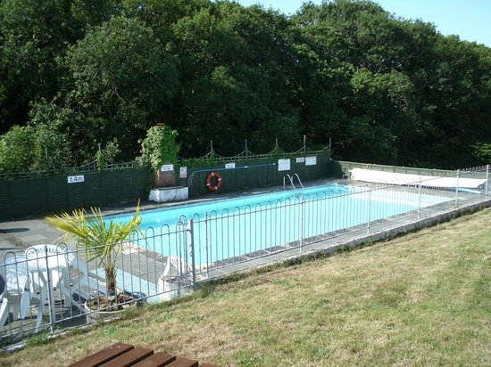 Greenways Valley Holiday Park: Swimming Pool
