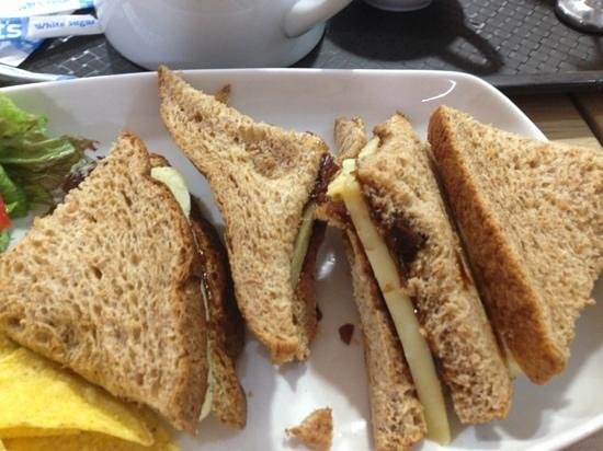 Market Place Cafe: Sad sandwich!