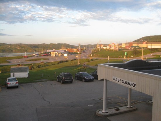 Hotel Port aux Basques: Another view from room on 2nd floor
