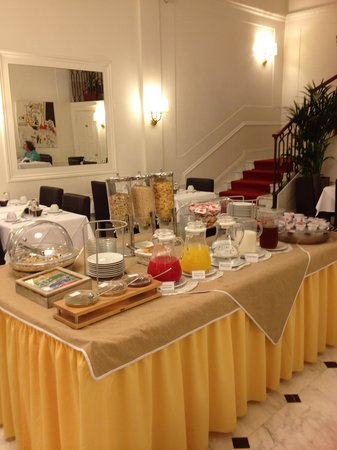 Hotel Modigliani: Breakfast area