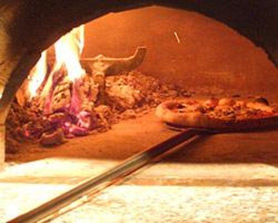 Pizzeria Farina Photo