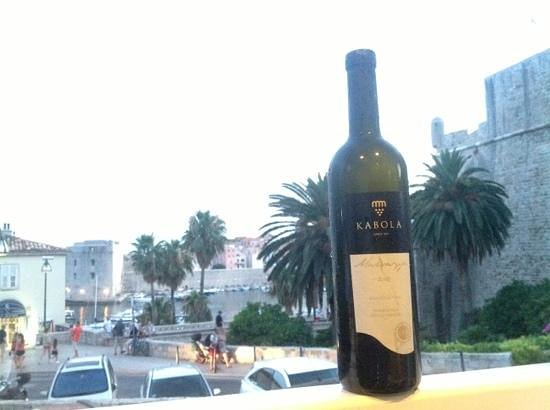 Gusta Me : I wish Istrian wine was available outside of Croatia
