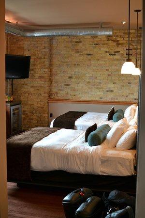 Iron Horse Hotel: Room