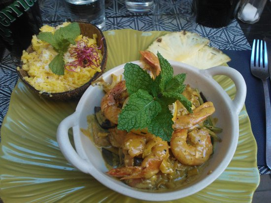 La Roulotte : Spicy prawns - main course