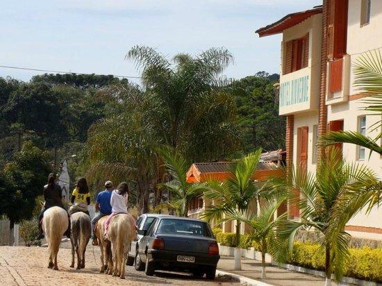 Pocinhos do Rio Verde, MG: O Hotel Rio Verde esta localizado na cidade de Caldas, no centro do bairro de Pocinhos do Rio Ve