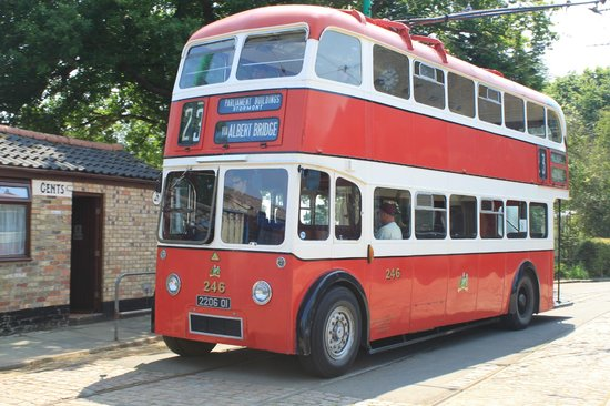 Lowestoft, UK: Trolleybus at the East Anglia Transport Museum