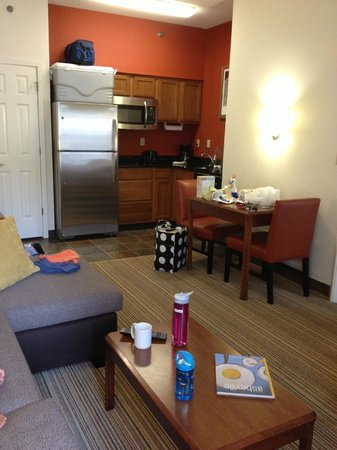 Residence Inn by Marriott Asheville Biltmore: main area