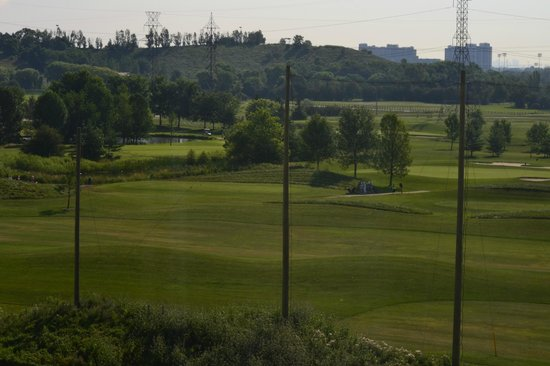 Homewood Suites by Hilton Toronto Airport Corporate Centre: View of Golf course from room