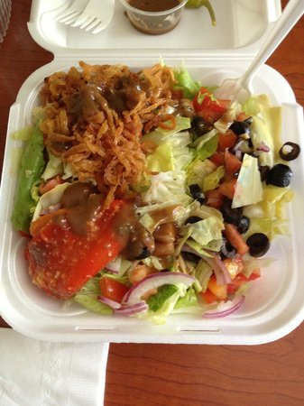 Tomato Charlie's : Vegan salad.  Yum!!  Their house dressing is great too.