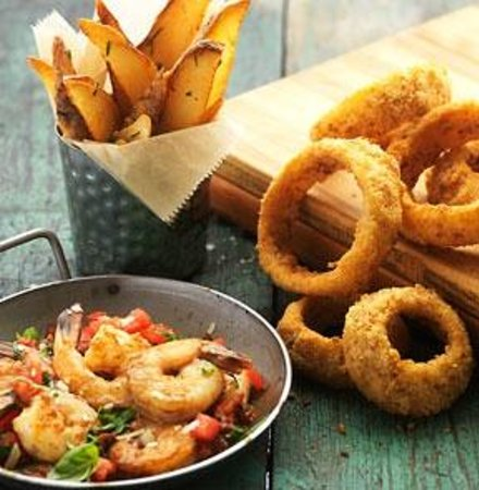 J. Gilbert's Wood-Fired Steaks & Seafood : Pretzel Crusted Onion Rings