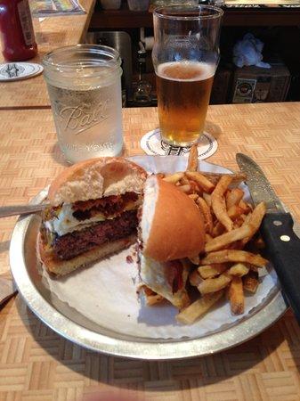 Bull City Burger and Brewery: Beer and burger