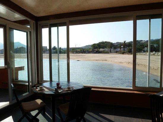 Le Lido : Une vue bien agréable pour le petit déjeuner...
