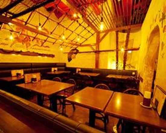 Asian Kitchen Shinjuku Musashino biru Photo
