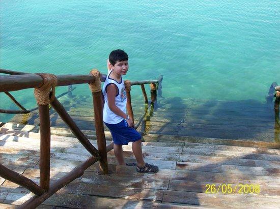 Wyndham Garden Playa Del Carmen: Escaleras para acceder a la Laguna de Xel-ha