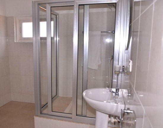 Bella Luxury Hotel : Bathroom