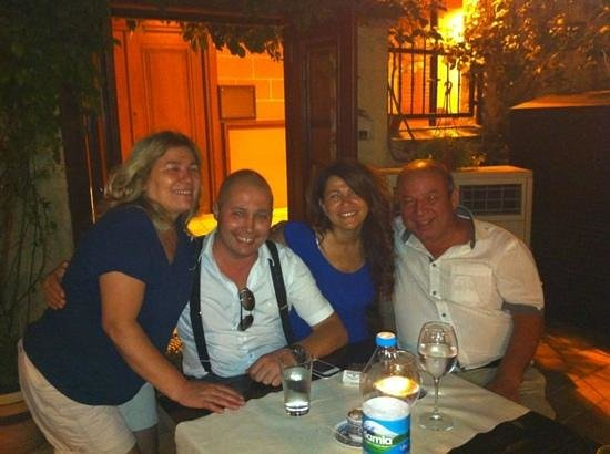 Otantik Restaurant & Winehouse: Otantik