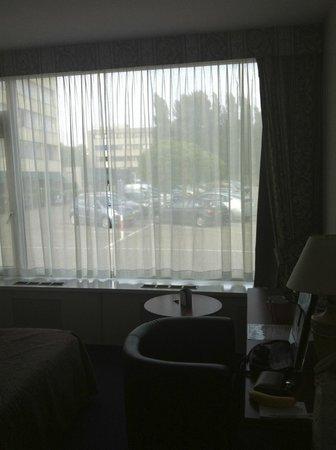 Amrath Hotel Brabant : View - Parking Lot