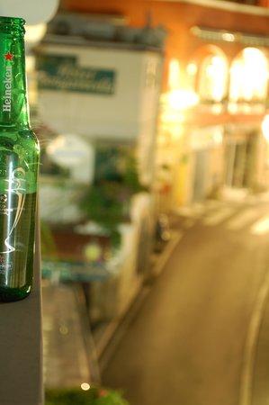 Hotel La Bougainville: Having a drink on the balcony..