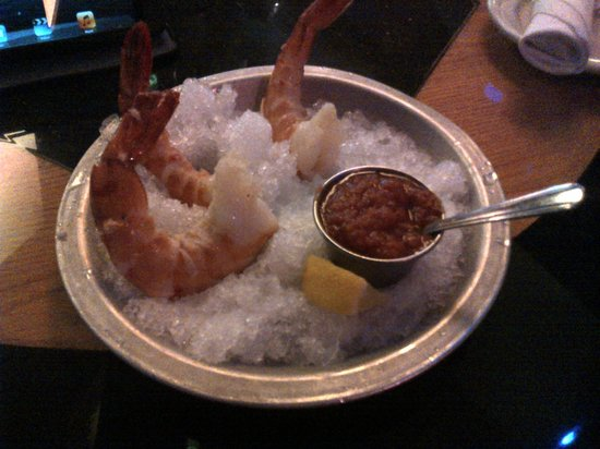 Jeff Ruby's Steakhouse: Shrimps to start with - lush