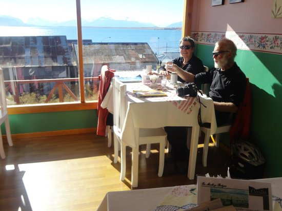 Cerritos Coffee and Cake: Cerritos Coffee & Cake Puerto Natales