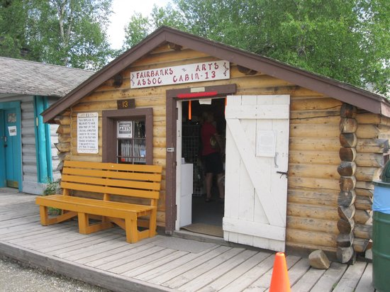 Pioneer Park : shop in old log cabin
