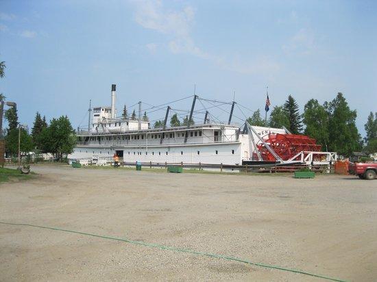 Pioneer Park: Riverboat Nenana