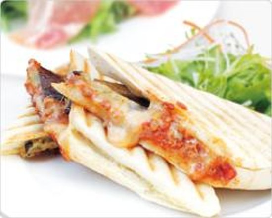 Tiramisu waffle - Picture of Noa Cafe Ginza, Chuo - TripAdvisor