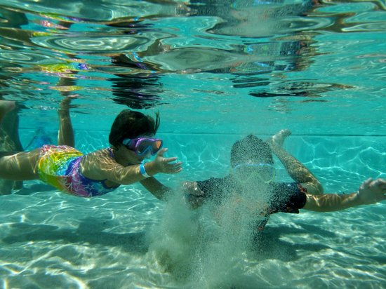 Disney's Beach Club Resort: Sandy bottom pool...big hit with the kids!