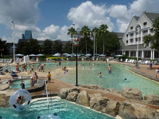 Disney's Beach Club Resort: Looking at the beach area of Stormalong Bay