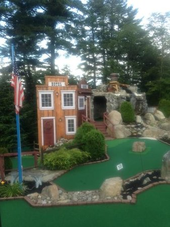 Boots and Birdies Miniature Golf: 18 holes of challenging mini golf