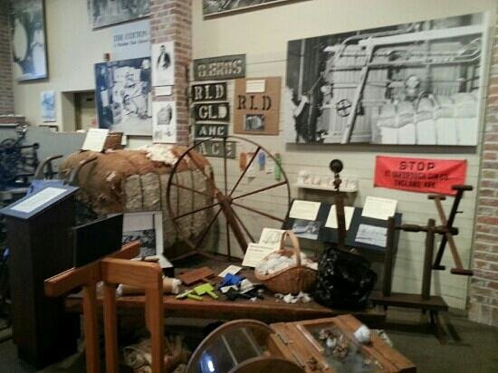 Plantation Agriculture Museum: inside the museum