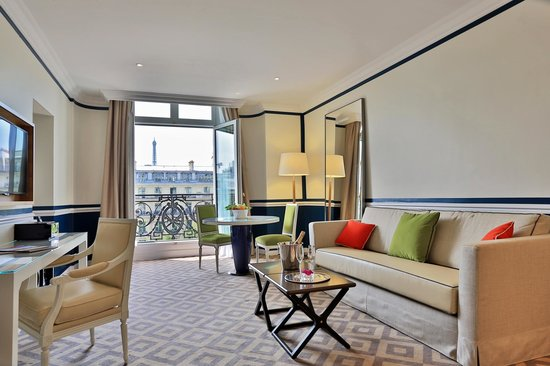 Fraser Suites Le Claridge Champs-Elysees : Living room - One Bedroom Deluxe Suite