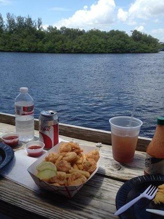 City Seafood : Fried Shrimp Basket w/ a side of scenery