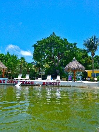 Sunset Cove Beach Resort : from the water