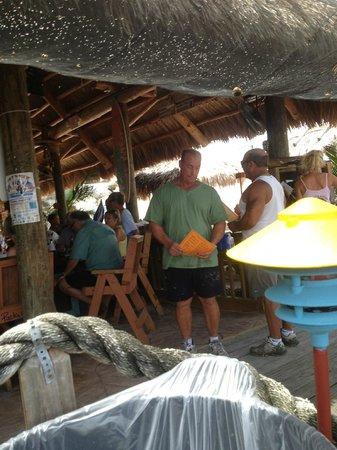 Gilbert's Resort : people watching