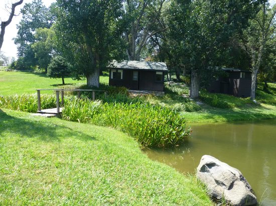 Lake Elowin Resort: Old School cabin #2 is perfect for 2