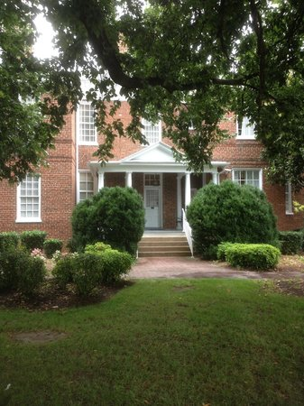 Hampton Inn Lexington - Historic District: Siden entry