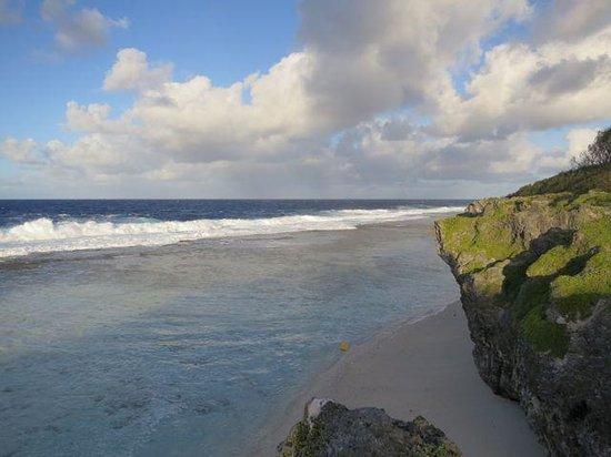 Atiu Homestay : Wunderschöner Strand auf Atiu