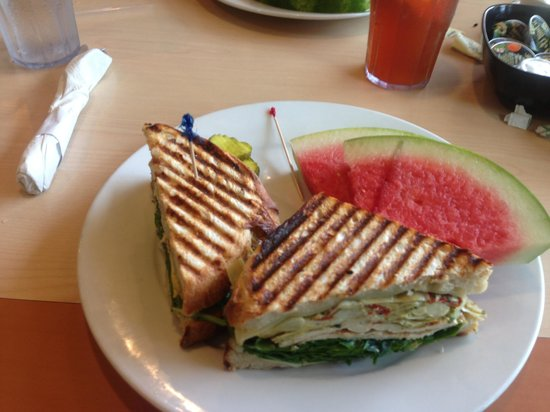 Sun Garden Cafe: Chicken panini with watermelon