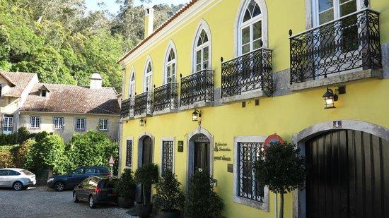 Casa das Campainhas: fachada do hotel